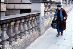 LONDON_WOMAN_WALKING__72dpi_large